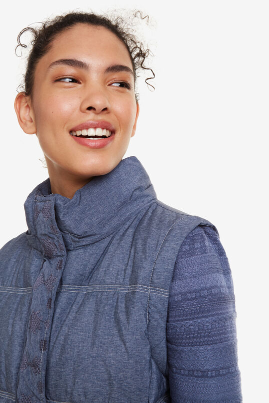 Removable Sleeves Jacket Gabrielle | Desigual