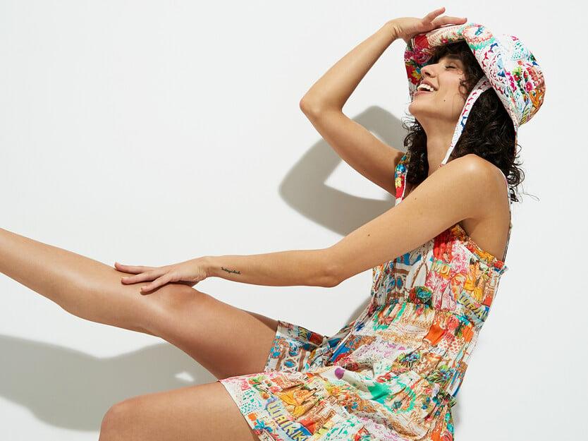 Short Hawaiian Lurex dress