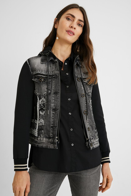 Bimaterial hooded trucker jacket