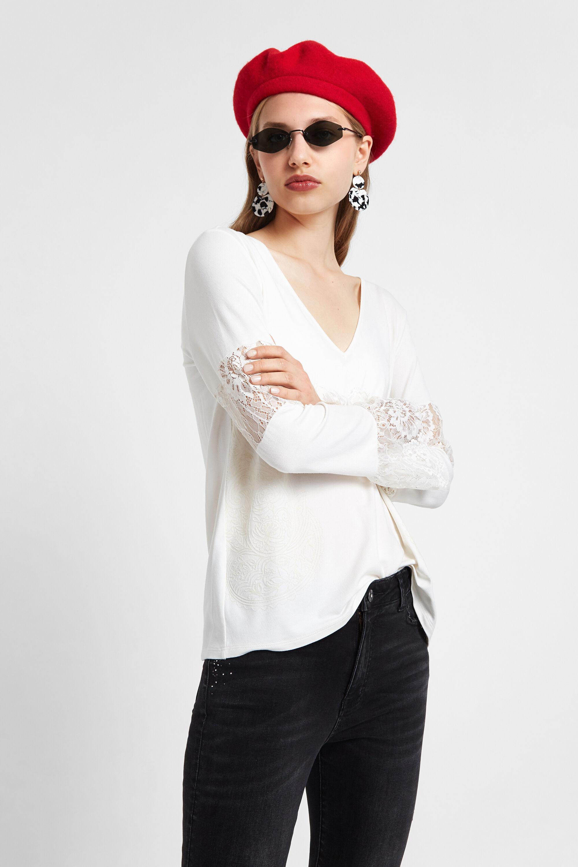 Basic T-shirt met kant – WHITE – XL