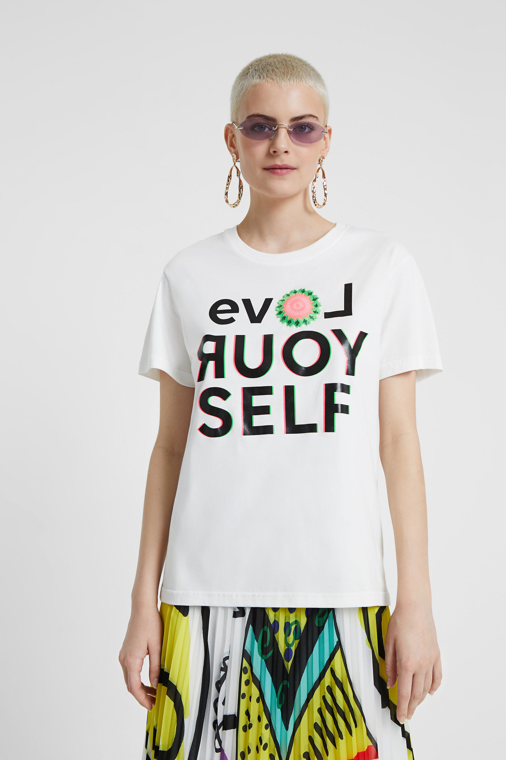 T-shirt LOVE YOURSELF – WHITE – M